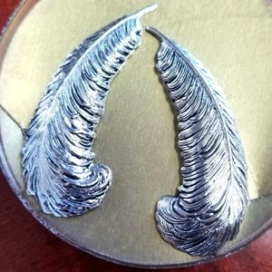 *New in Box & Vintage 1950's!* feather earrings